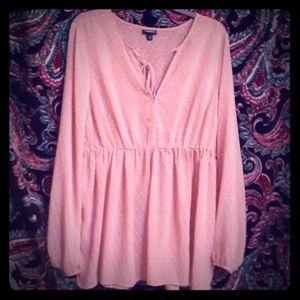 Torrid size 1 dusty pink blouse